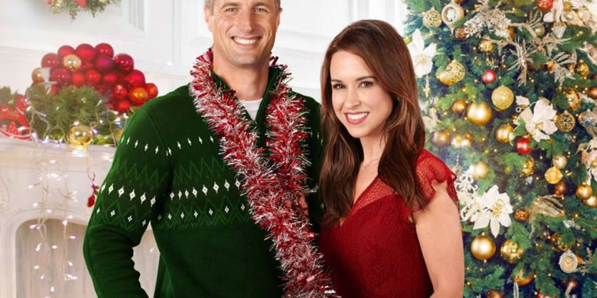 Reunited At Christmas.Hallmark S Christmas Day 2018 Movie Schedule Will Keep You