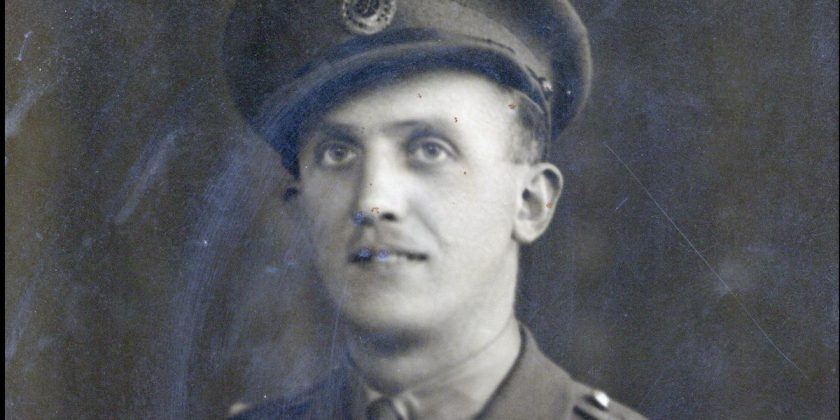 For sale - medals awarded to the hero who diffused 100 WW2